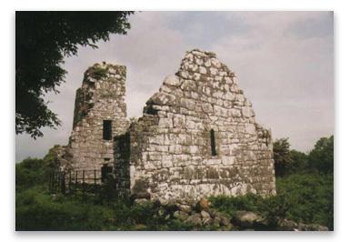 A ruined church on Inis Clothrann